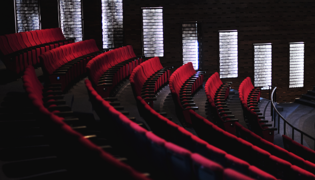 rows-red-seats-theater
