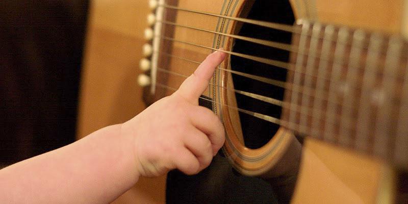 Os benefícios da música para crianças